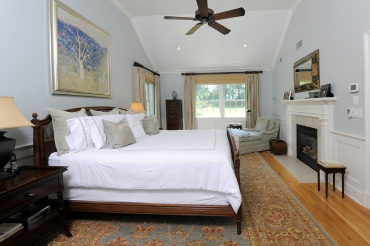 16-Greenbriar-Lane-Greenwich-CT-Real-Estate-Master-Bedroom