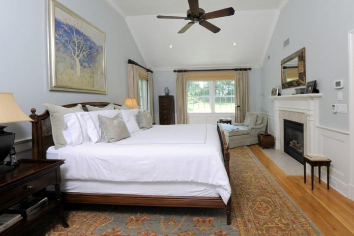 16-Greenbriar-Lane-Greenwich-CT-Real-Estate-Master-Bedroom