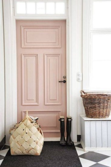 Trending Now: Blush Tones