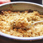 Apple Crumble is an Ideal Way to Capture Rich Pie Taste