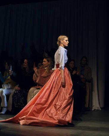 Carolina Herrera bids her line adieu with elegant flourish