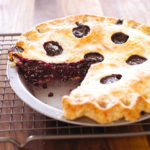 How to make a juicy blueberry pie and keep your crust crisp