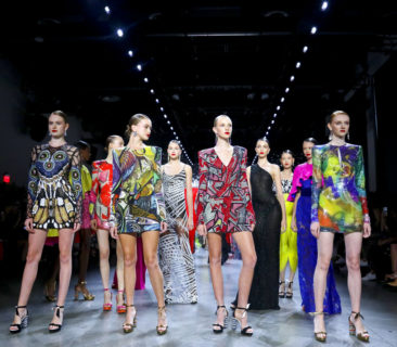 Naeem Khan creates an ode in color, black to '70s New York
