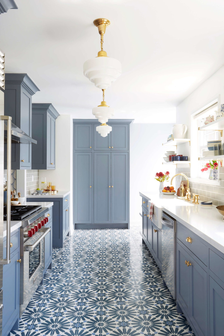 blue-painted-kitchen