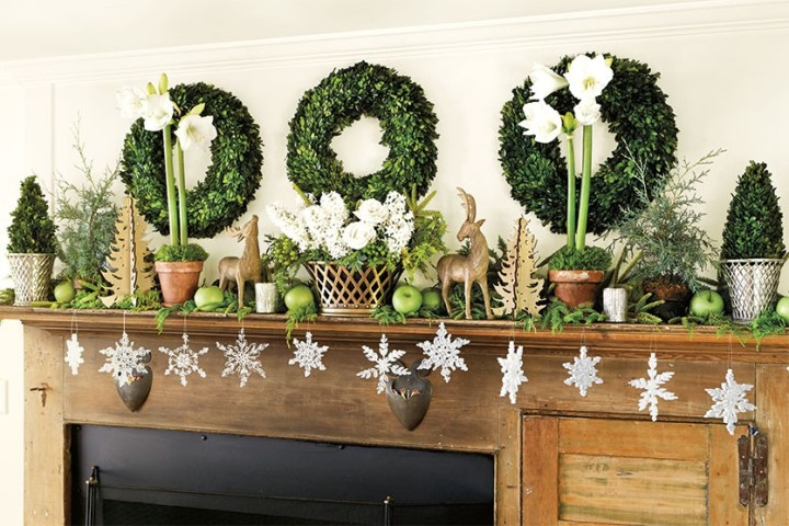 Bunny-Williams-Holiday-mantle-How-To-Decorate.com-2