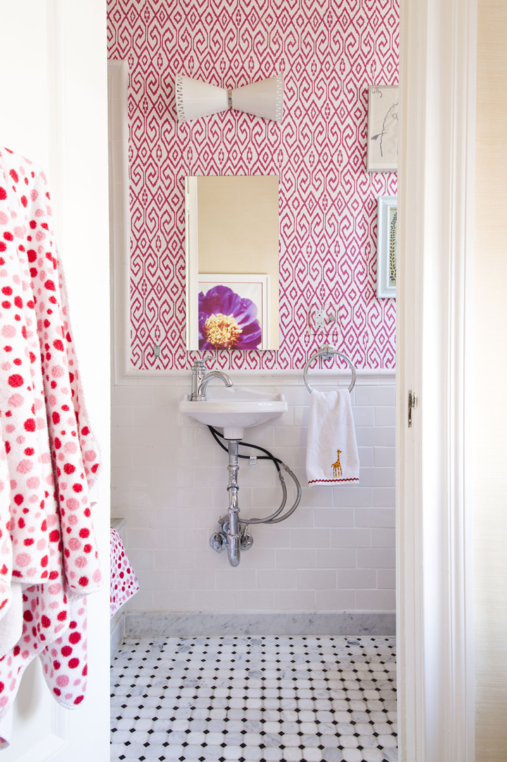 Carnegie-Family-Lilly-Bunn-Girls-Bathroom-Pink-Wallpaper