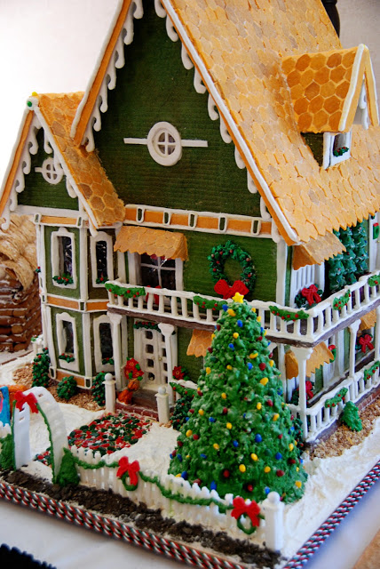 An entry in the National Gingerbread Competition in Asheville, NC via the Simple Girl at Home blog