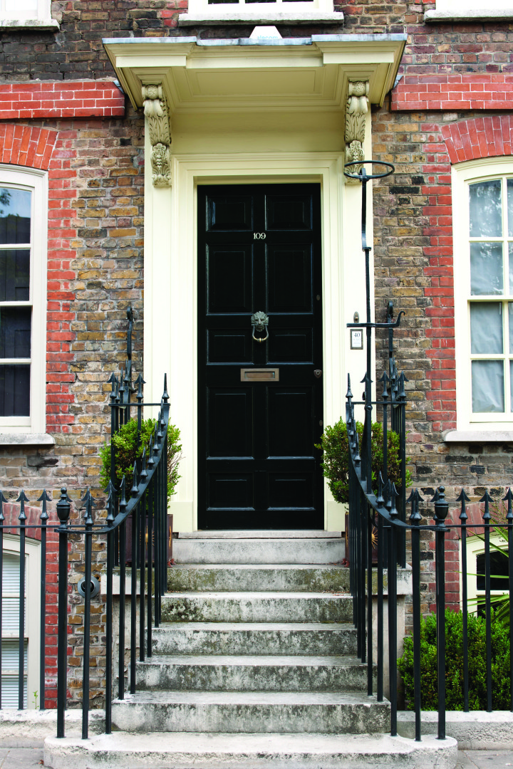 Sponsored Post Check Out The Find The Farrow Ball Front Door Scavenger Hunt In Greenwich And