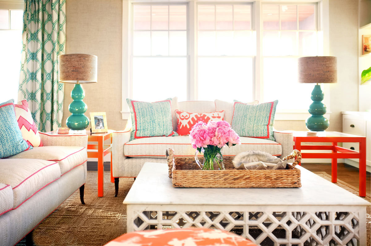 House Tour A Vibrant Summer Home With Pops Of Color The