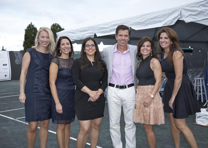 Co-Chairs Melissa Hawks, Lori Zych, Jennifer Morris, Kristina Gabelli and Marjorie Pastel with former tennis professional Jimmy Arias. Photo by Elaine Ubina.