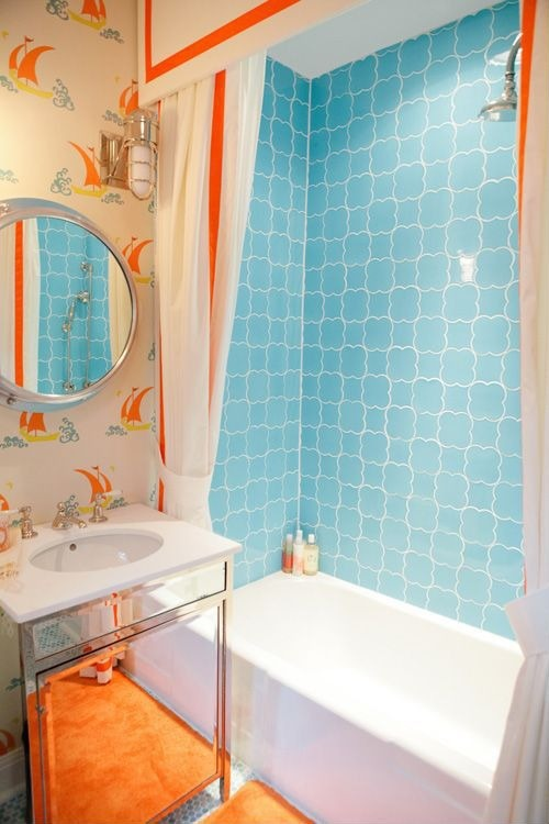 Katie-Ridder-Beetlecat-wallpaper-contemporary-bathroom