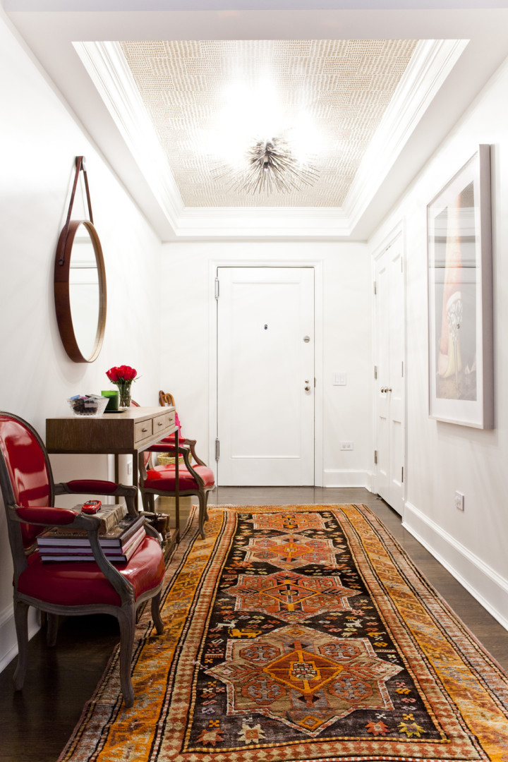 Lilly-Bunn-Downtown-Traditional-Foyer-Embellished-Ceiling