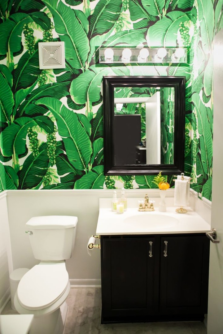Martinque-Wallpaper-Powder-Room-Jennifer-Kathryn-Photography