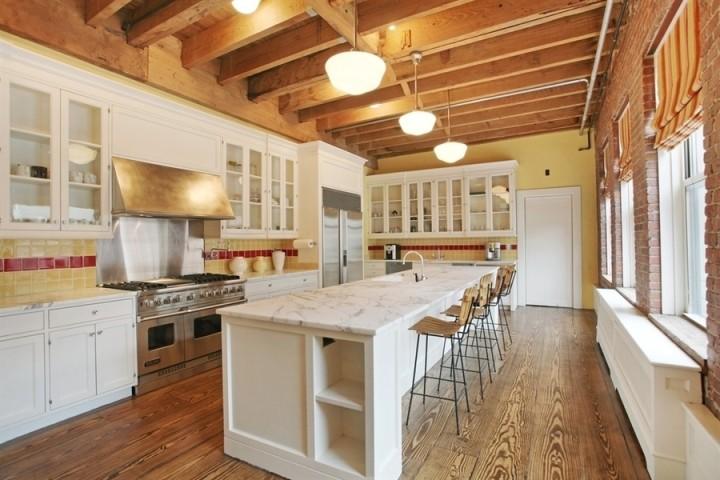Peter-Jackson-tribeca-nyc-penthouse-apartment-kitchen-56c65a