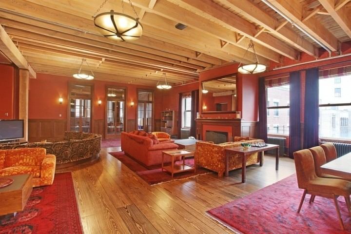 Taylor-Swift-Living-Room-Tribeca-NYC-Penthouse-Apartment-Tour