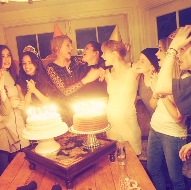 Taylor-Swift-NYC-Penthouse-Apartment-Tribeca-Selena-Gomez-Birthday-Party