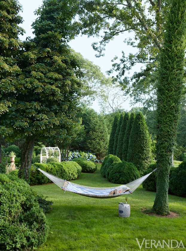VER-Charlotte-Moss-Hamptons-Garden-04
