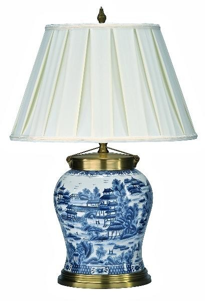 blue-and-white-porcelain-lamp-with-shade-chinoiserie_1