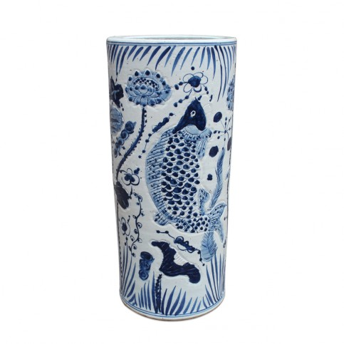 blue-and-white-porcelain-umbrella-stand-with-fish-motif