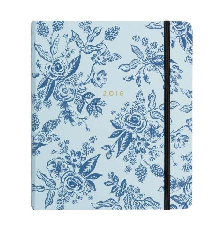 blue-white-floral-17-month-planner-1