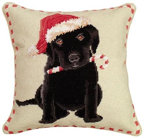christmas-black-lab-neddlepoint-pillow