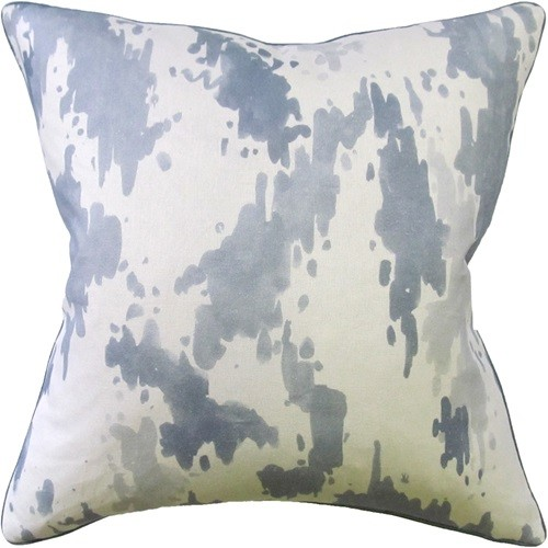 color_splash_pillow_in_grey_and_white