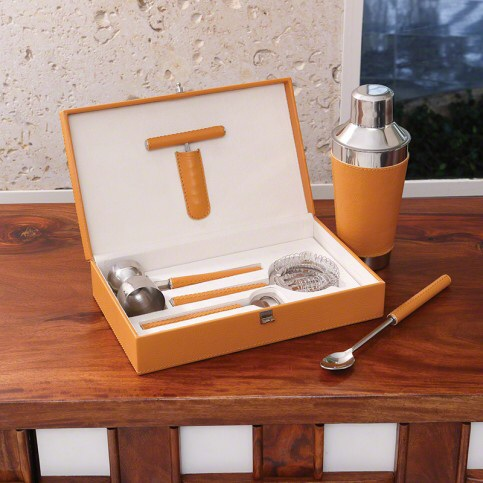Leather Boxed Bar Tool Set in Camel with Optional Cocktail Shaker - See more at: http://www.wellappointedhouse.com/new/leather-boxed-bar-tool-set-in-camel-with-optional-cocktail-shaker