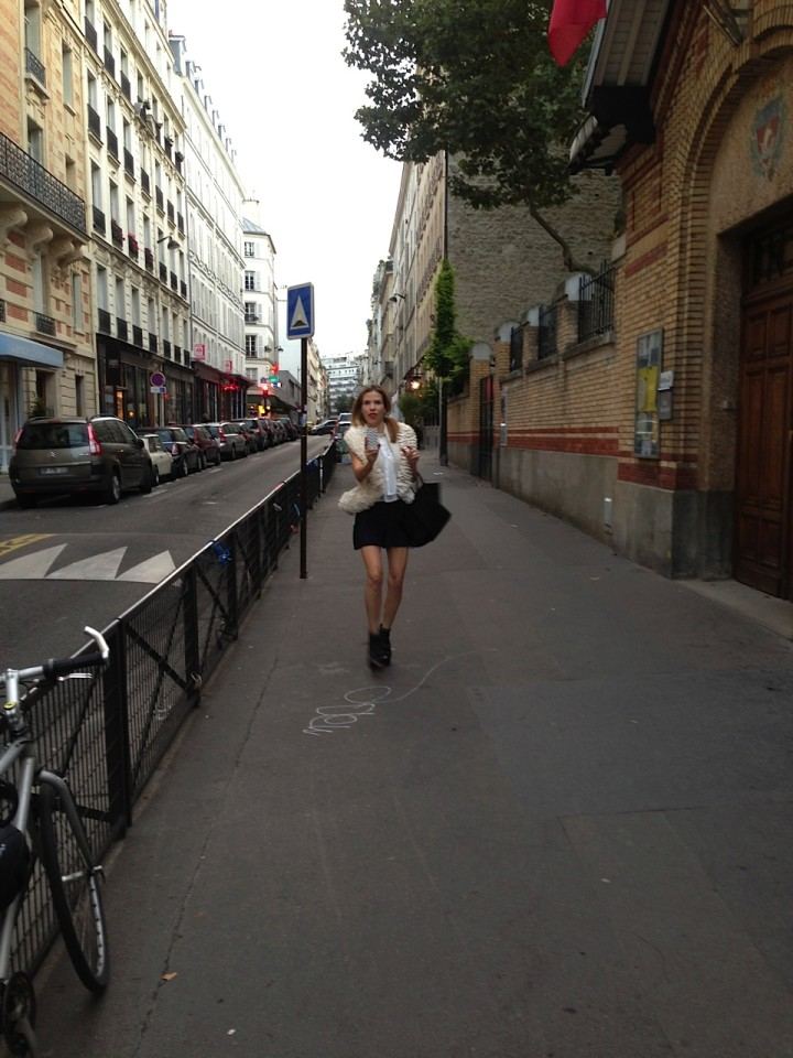 Carina Crain Heading to McQueen - Photo Snapshot by Wendy Stapelton Reyes