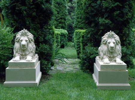 lion-hadrian-garden-statues-garden-traditions-classic-buff-3