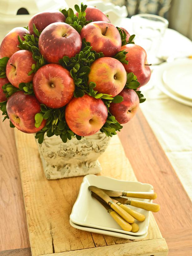 original_Marian-Parsons-Apple-Topiary-Beauty3_3x4_lg