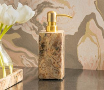 Natural Beauties – Marble & Stone Accents for the Home