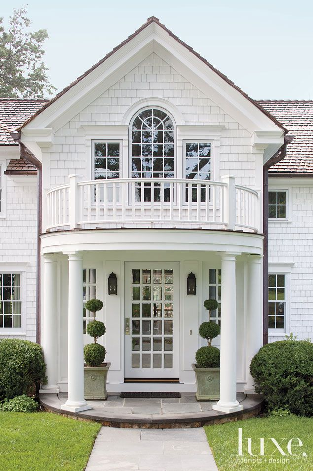 Stunning front door ideas add a portico 20 gorgeous for Back entry doors for houses