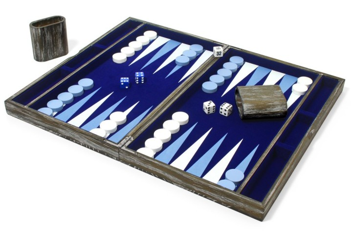 vintage_solid_wood_backgammon_set_1