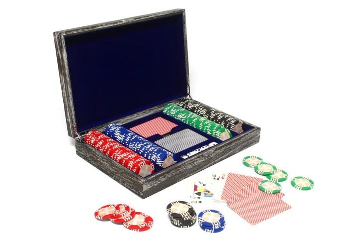 vintage_solid_wood_poker_set_1