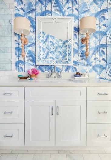 Bright and Beachy Bathroom Decorating Ideas